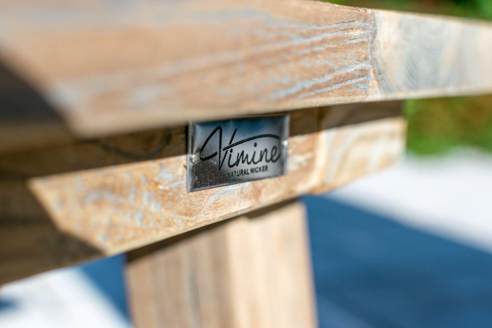 6e60443474fbc Vimine Natural Wicker® je exkluzivní značka, která nabízí nábytek a  zahradní doplňky z neloupaného ratanu a teaku. Najdete zde ručně vyráběný  nábytek z ...
