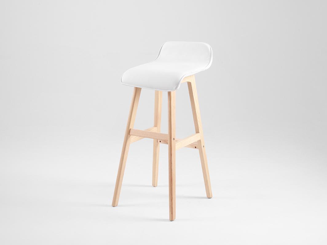 f75671fc6526d Barová stolička TONBERG - Bamboo.sk