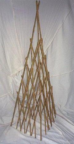 Bambusový ihlan