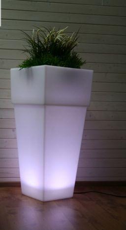 Záhradné svietidlo LED kvetináč ALICANTE