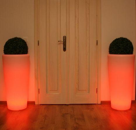 Záhradné svietidlo LED kvetináč RONDA