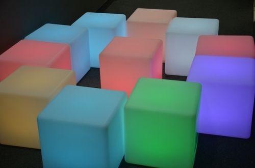 Záhradné svietidlo LED kocka CUBE